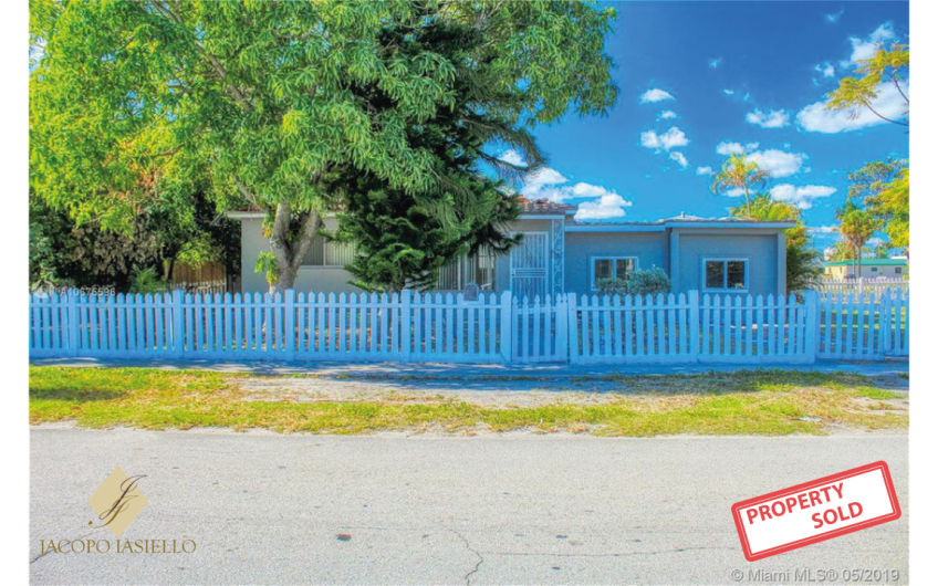 1298 ne 162 st North Miami beach